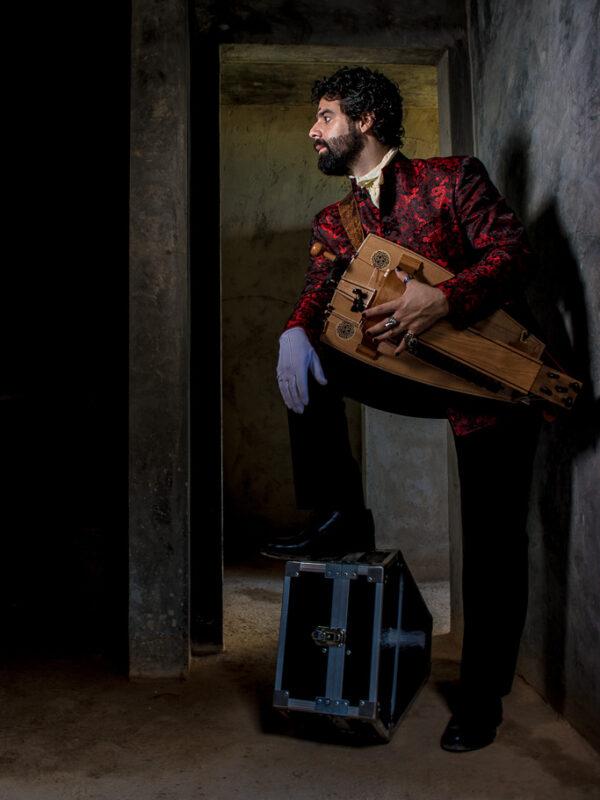 Lucho - por Carolina Rivas Malpa en Iluminación en locación con Roberto Mata